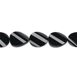 bead, black onyx (dyed), 11x9mm hand-cut faceted twisted flat oval, b+ grade, mohs hardness 6-1/2 to 7. sold per pkg of 5.