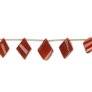 bead, carnelian (dyed / heated), 15x10mm-18x12mm graduated hand-cut top-drilled faceted twisted diamond, b+ grade, mohs hardness 6-1/2 to 7. sold per pkg of 5 beads.