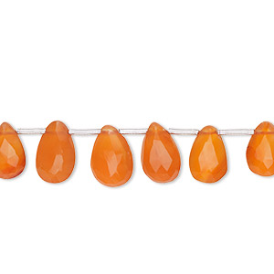 bead, carnelian (dyed / heated), 6x4mm-10x7mm graduated hand-cut top-drilled faceted puffed teardrop, b grade, mohs hardness 6-1/2 to 7. sold per 4-inch strand, approximately 15 beads.