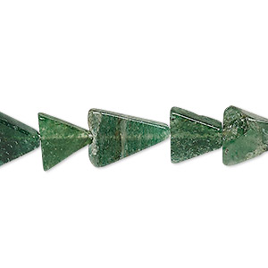 bead, emerald green aventurine (natural), 10x10x8mm-15x15x12mm hand-cut flat triangle, c- grade, mohs hardness 7. sold per 13-inch strand.