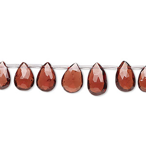 bead, garnet (natural), 6x4mm-9x7mm graduated hand-cut top-drilled faceted puffed teardrop, b grade, mohs hardness 7 to 7-1/2. sold per 4-inch strand, approximately 15 beads.