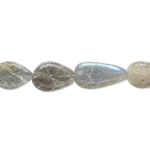 bead, labradorite (natural), 10x7mm-16x9mm hand-cut flat teardrop, d grade, mohs hardness 6 to 6-1/2. sold per 13-inch strand.
