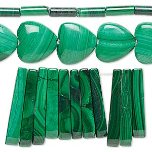 bead mix, malachite (natural), 8x3mm-28x12mm mixed shape, mohs hardness 3-1/2 to 4. sold per pkg of (3) 15-inch strands.