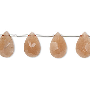 bead, peach moonstone (natural), 10x7mm-14x9mm hand-cut top-drilled faceted flat teardrop, b grade, mohs hardness 6 to 6-1/2. sold per 4-inch strand, approximately 5 beads.