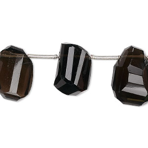 bead, smoky quartz (heated / irradiated), small to medium top-drilled step-cut faceted nugget, mohs hardness 7. sold per 8-inch strand, approximately 13 beads.