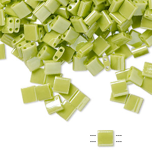 bead, tila, glass, opaque luster apple green, (tl439), 5mm square with (2) 0.8mm holes. sold per 10-gram pkg.
