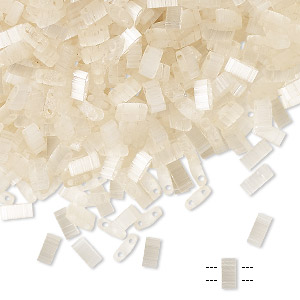 bead, tila, half tila, glass, translucent silk luster light tan, (htl2592), 5x2.3mm rectangle with (2) 0.8mm holes. sold per 10-gram pkg.
