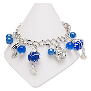 bracelet, glass / lampworked glass / acrylic / imitation rhodium-coated plastic / imitation rhodium-plated steel, blue and white, 18x16.5mm rose and 31x15mm bicone, 7 inches with 2-inch extender chain and lobster claw clasp. sold individually.