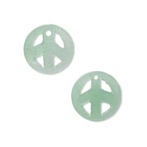 drop, green aventurine (natural), 15mm peace sign, c grade, mohs hardness 7. sold per pkg of 2.