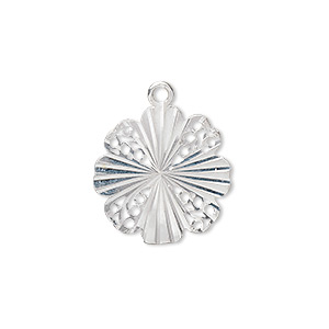 drop, sterling silver, 22x19x1mm diamond-cut flower with 4 hammered and 4 filigree petals. sold individually.