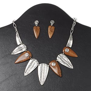 necklace and earring, resin and antique silver-plated pewter (zinc-based alloy), brown, 30x11mm-40x16mm graduated arrowhead with spiral design, 16 inches with 3-inch extender chain and lobster claw clasp, 1-1/2 inch earrings with post. sold per set.