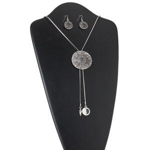 necklace and earring set, antiqued silver-finished pewter (zinc-based alloy), steel and glass rhinestones, 50mm flat round, 38-inch lariat-style, earrings with 22mm flat rounds and fishhook earwires. sold per set.