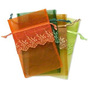 pouch mix, organza / satin / polyester, assorted colors, 6-1/2 x 4 to 7 x 4-1/2 inches with stitched lace design. sold per pkg of 4.
