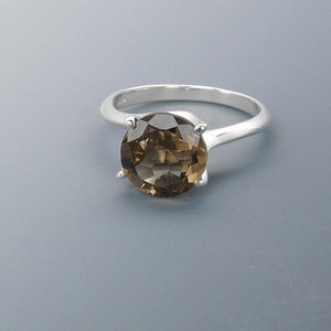 ring, sterling silver and smoky quartz (heated / irradiated), 10mm faceted round, size 7. sold individually.