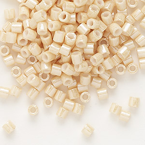 seed bead, delica, glass, opaque white glazed luster light beige, (dbl-0204), #8 round. sold per 50-gram pkg.