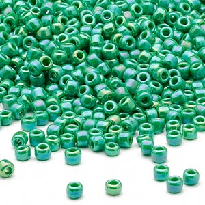 seed bead, dyna-mites™, glass, opaque rainbow jade green, #8 round. sold per 40-gram pkg.