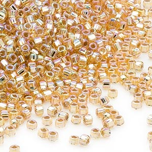 seed bead, dyna-mites™, glass, silver-lined translucent rainbow gold, #11 round with square hole. sold per 1/2 kilogram pkg.