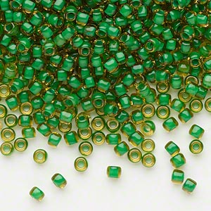 seed bead, dyna-mites™, glass, translucent inside color lime green, #8 round. sold per 1/2 kilogram pkg.