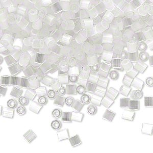 seed bead, dyna-mites™, glass, translucent silk eggshell, #8 cut-off round. sold per 40-gram pkg.